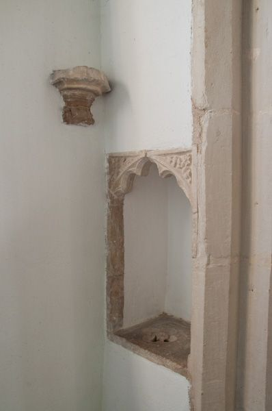 Cratfield, St Mary the Virgin Church photo, Medieval piscina