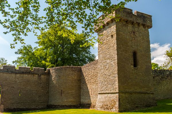 Croft Castle photo, A tower built into the curtain wall