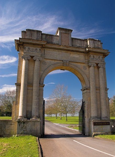Croome Park photo, Gatehouse to Croome Park