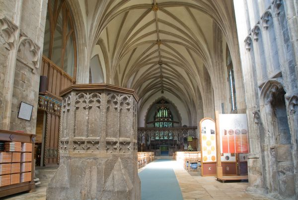 Croyland Abbey photo, The nave of the abbey church