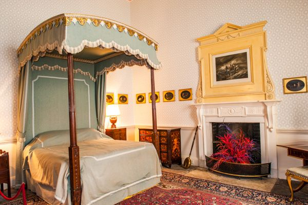 Culzean Castle photo, One of the state bedrooms