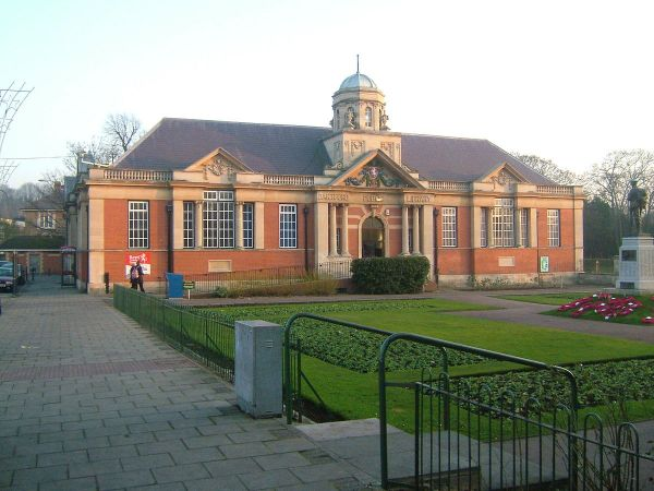 Dartford photo, Dartford Museum and Library (c) Clem Rutter