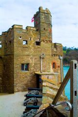 Dartmouth Castle, Guard tower on the estuary side