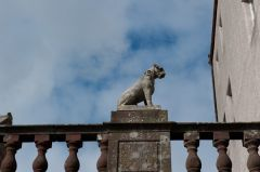Delgatie Castle, Dog Statue