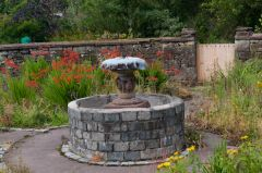 Delgatie Castle, Garden fountain