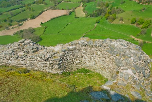 Castell Dinas Bran photo, Remains of a circular guard tower