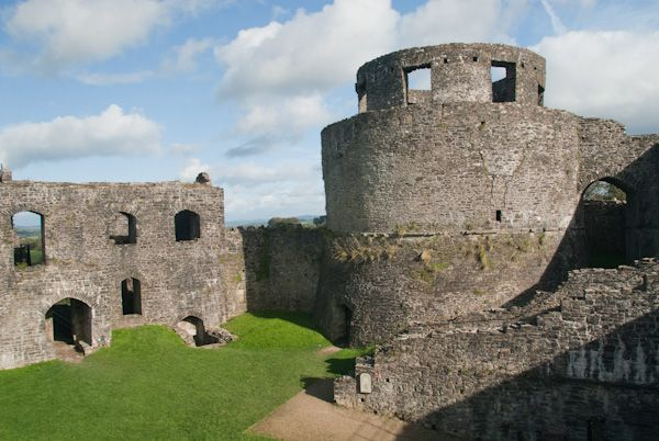 Dinefwr Castle photo, The round tower