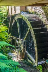 Docton Mill Gardens, The working mill wheel