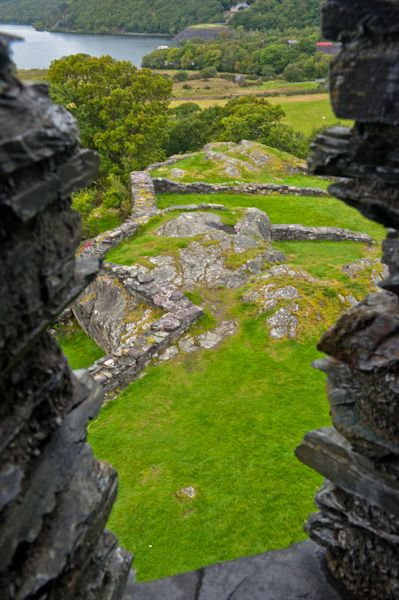 Dolbadarn Castle photo, View from keep window