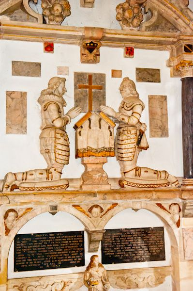 Down Ampney, All Saints Church photo, Hungerford monument, 1637