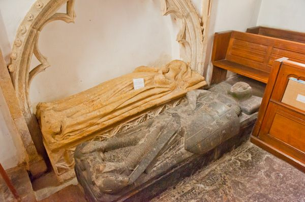 Down Ampney, All Saints Church photo, 13th century de Valers effigies