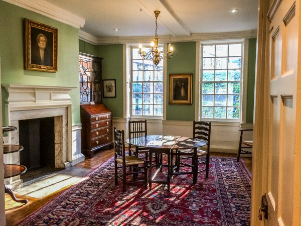 Dr Johnson's House photo, Another view of the first floor sitting rooms