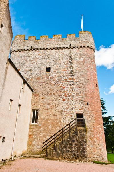 Drum Castle photo, The old tower