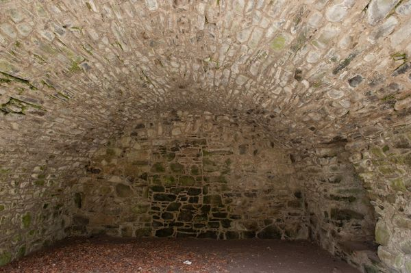 Drumin Castle photo, Storage cellar