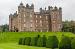 Drumlanrig Castle, Another view of the castle