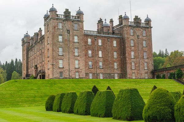 Drumlanrig Castle photo, Another view of the castle