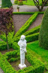 Drummond Castle Gardens, The formal parterre