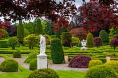 Drummond Castle Gardens, The lush colours of Drummond!