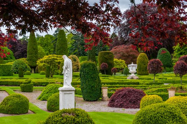 Drummond Castle Gardens photo, The lush colours of Drummond!