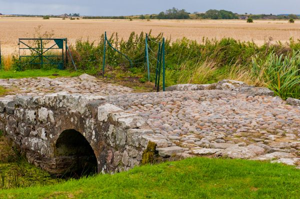 Duffus Castle photo, Medieval bridge 2