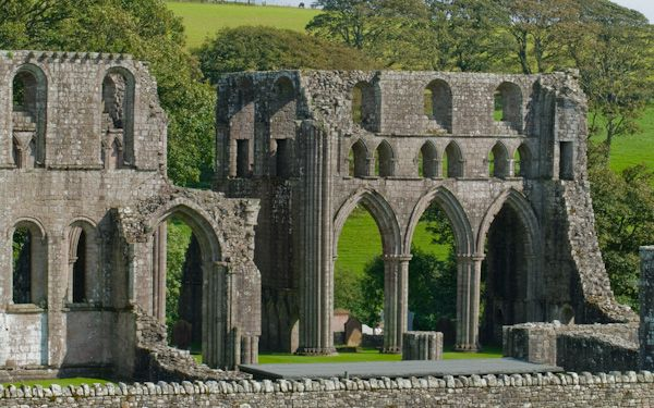 Dundrennan Abbey photo, Abbey church from the road