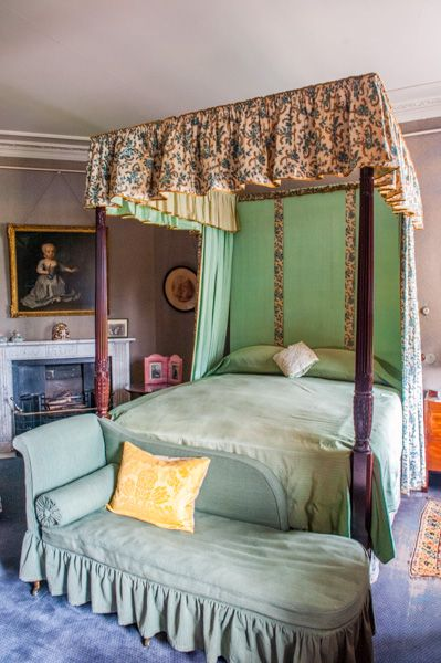 Dunham Massey photo, A four-poster state bed
