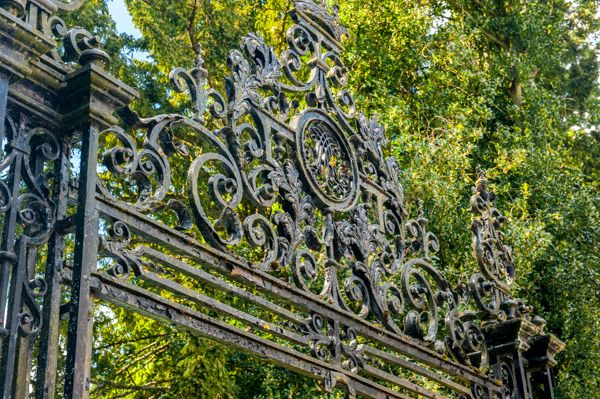 Dunkeld Cathedral photo, The wrought iron cathedral gates