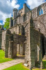 Dunkeld Cathedral, The ruins of the south porch