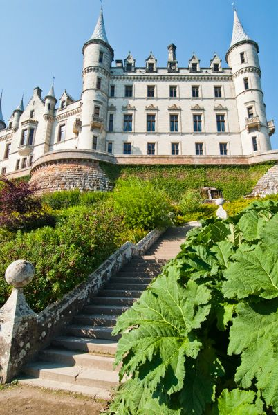 The Main Visitor Entrance Garden Steps To Castle Terrace