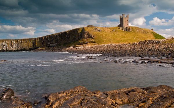 Embleton photo, Approaching Dunstanburgh Castle from Embleton