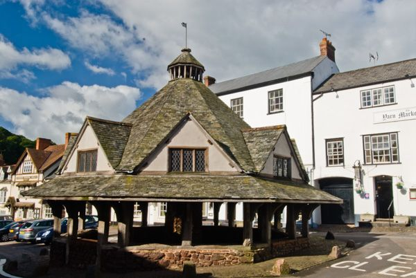 Dunster photo, The 17th century Yarn Market
