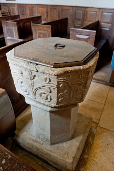 Duntisbourne Rouse, St Michael's Church photo, Norman font