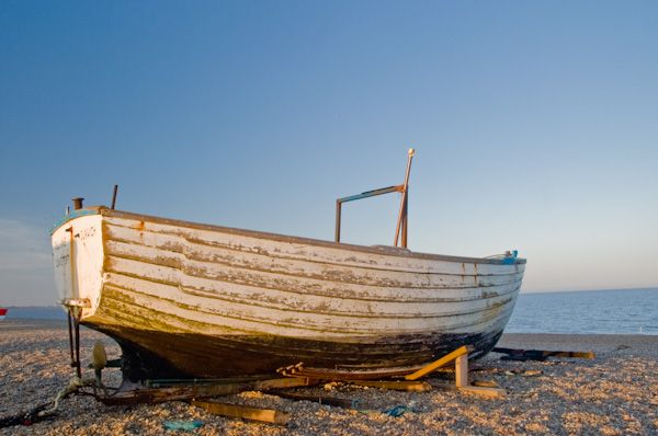 Dunwich photo, Boat on the beach