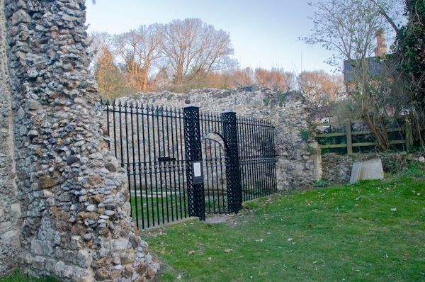 Dunwich Leper Chapel photo, Chapel entrance