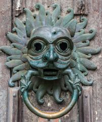 Durham Cathedral, A closer look at the sanctuary knocker