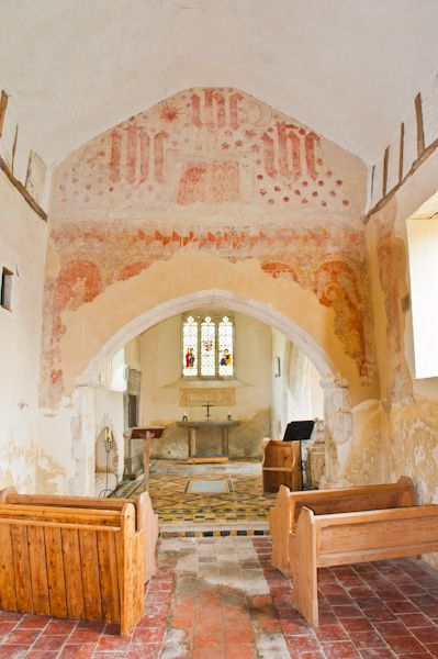 East Shefford, St Thomas' Church photo, Nave and chancel arch wall paintings