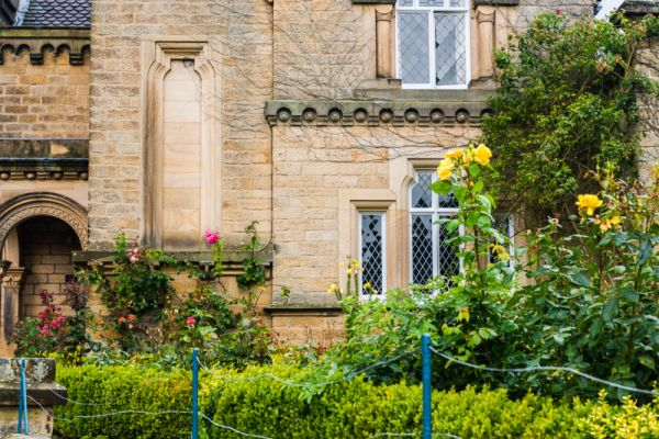 Edensor photo, Another wonderfully eccentric mix of styles