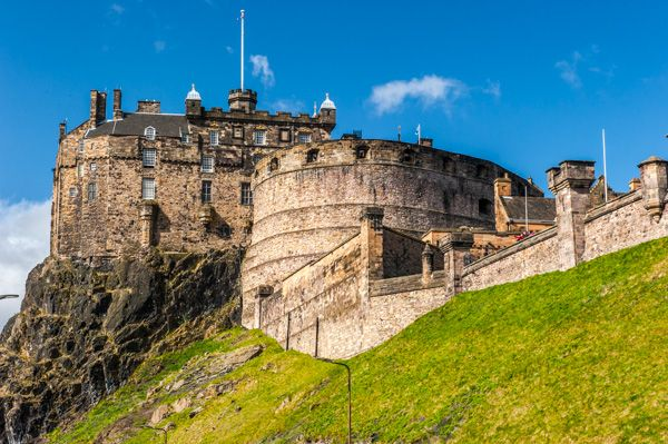 Edinburgh Castle photo, The castle from Johnston Terrace