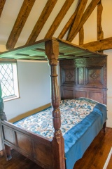 17th century bed, first floor