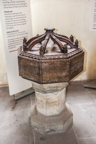 Exeter, St Martin's Church photo, The medieval font