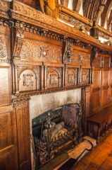 Magnificent 17th century panelling and fireplace