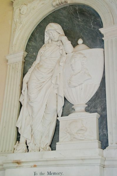 Exton Church photo, General Bennet Noel monument
