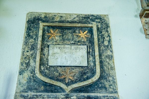 Farnborough, St Botolph's Church photo, 1724 Georgius Lamprey memorial