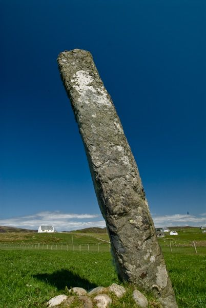 Fingal's Limpet Hammers photo, Leaning Standing Stone