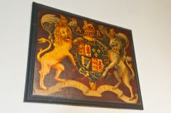 Fingest, St Bartholomew's Church, Royal coat of arms