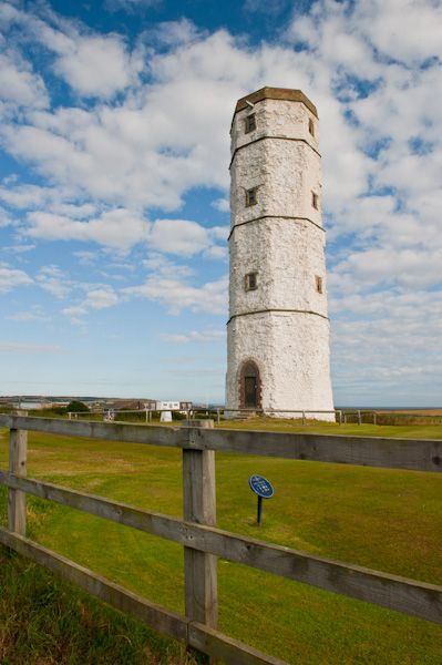 Cost To Build A House >> Flamborough Head Lighthouse, Yorkshire | History & Photos