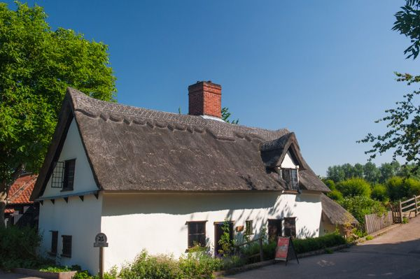 Flatford Bridge Cottage photo, Bridge Cottage
