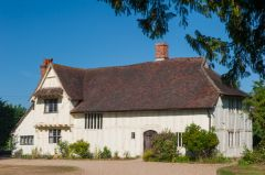 Flatford Bridge Cottage, Medieval Valley Farm