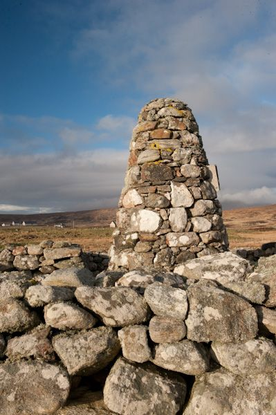 Flora MacDonald's House photo, The memorial cairn inside the house ruins