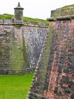 Fort George, Outer rampart walls